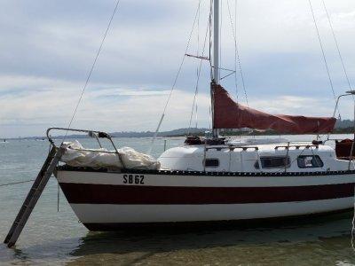 Sunbird 25 - trailer sailer with mooring.