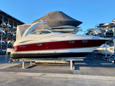 Cruisers Yachts 300 Express- Click for more info...