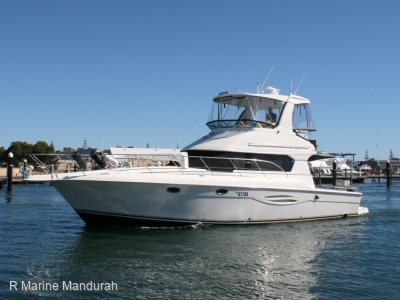 Silverton 42 Flybridge BIG VOLUME VESSEL EXCELLENT CONDITION AND VALUE