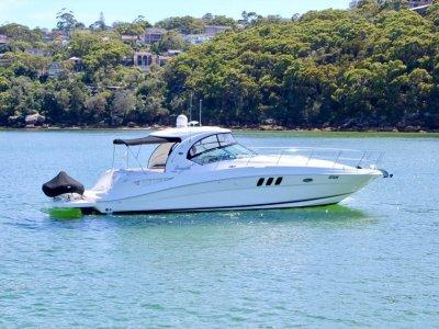 Sea Ray 40DA - Diesel Shaft Drive - Submersible Swim Platform