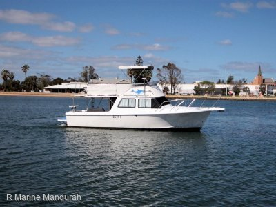Chivers Mako **LARGE VOLUME BOATING EXCELLENT VALUE NOW REDUCED