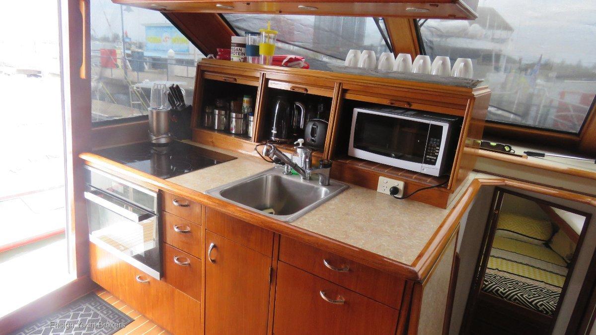 Ocean Yachts 56 Yachtfisher