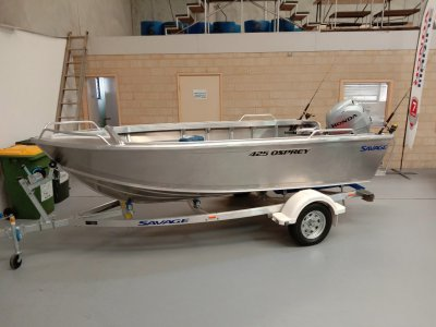 Savage 425 Osprey open boat