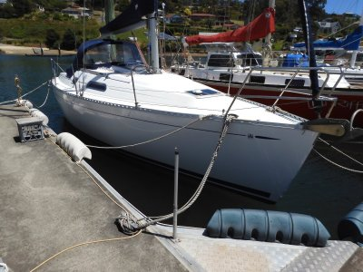Dufour 30 Classic 2 DOUBLE CABIN MODEL SUPERB COND & PRESENTATION