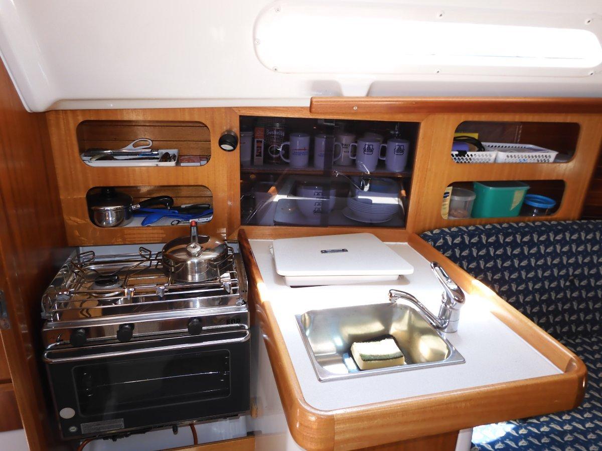 Dufour 30 Classic 2 DOUBLE CABIN MODEL SUPERB COND & PRESENTATION