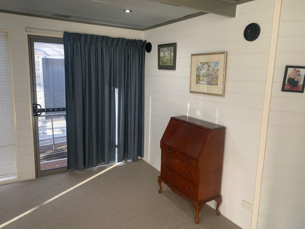 River Murray Houseboat - Freedom