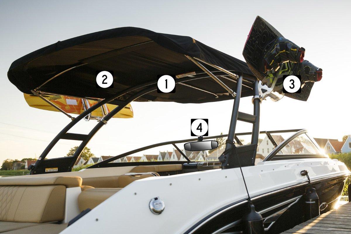New Sea Ray 230 Sun Sport Outboard Cuddy Cabin & Trailer MY 2021