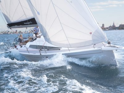 Dehler 34 Competition Version - Discounted Euro 10,000+