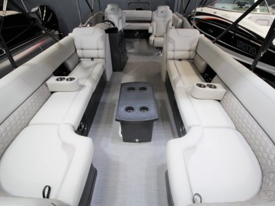 Crest Pontoons Caribbean Platinum 250 SLS Party Pontoon
