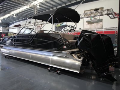 Crest Pontoons Continental NX270 SLS Party Pontoon