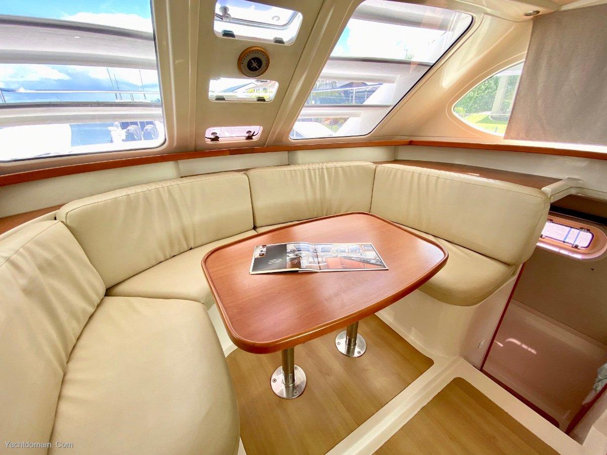 Leopard Catamarans 37