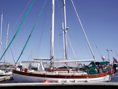 Hans Christian 41T Molokai - Comfortable cruiser ready to sail the world!