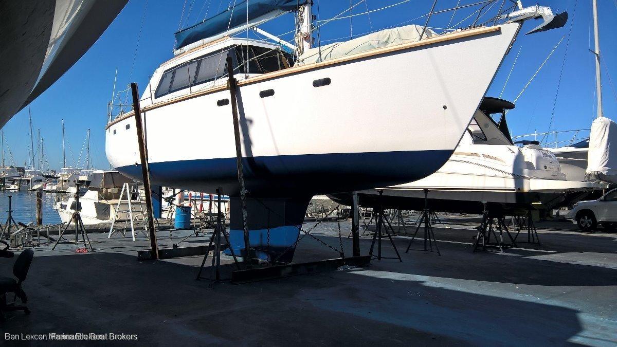 Sailfar Yachts 40 SAILFAR 40 BLUEWATER DECK SALOON CRUISING