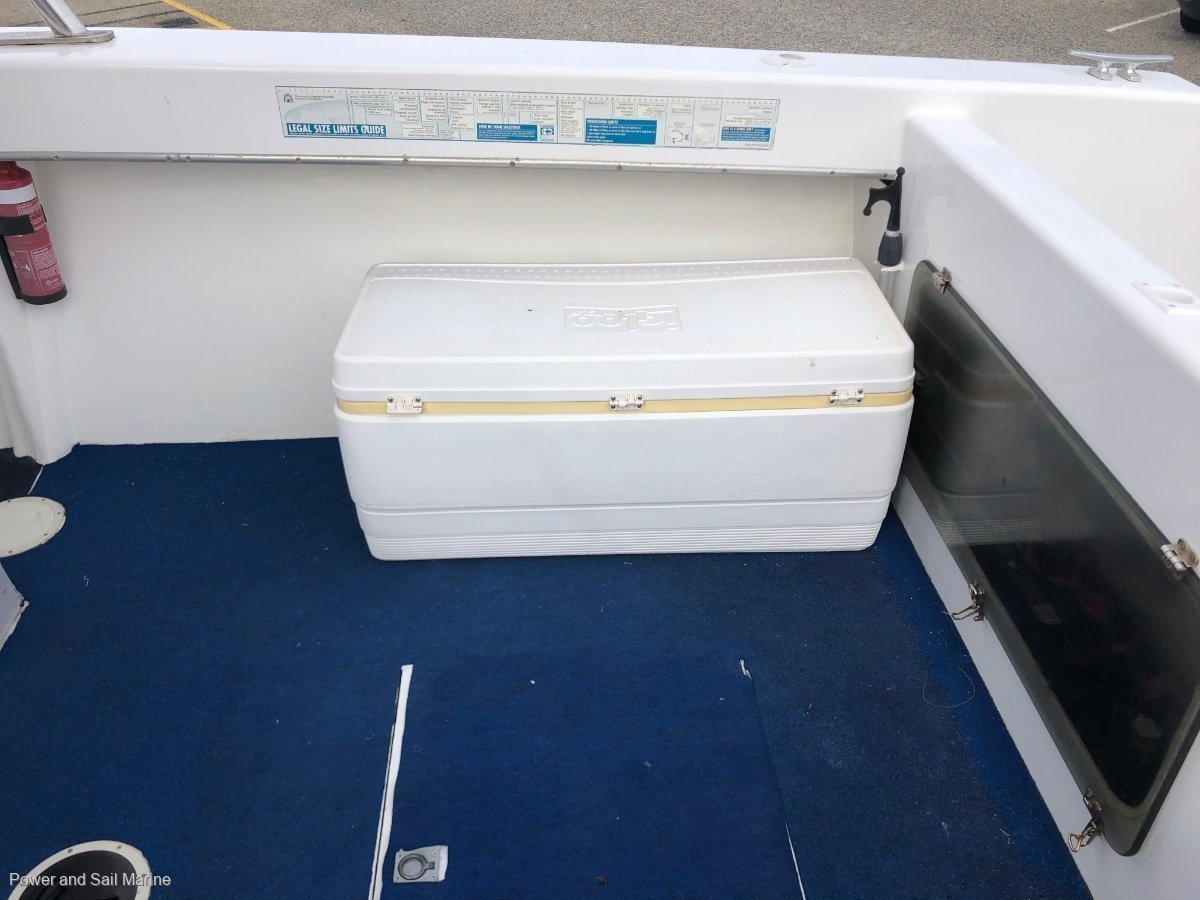 Thomascraft 26 Centre Console MAKE AN OFFER