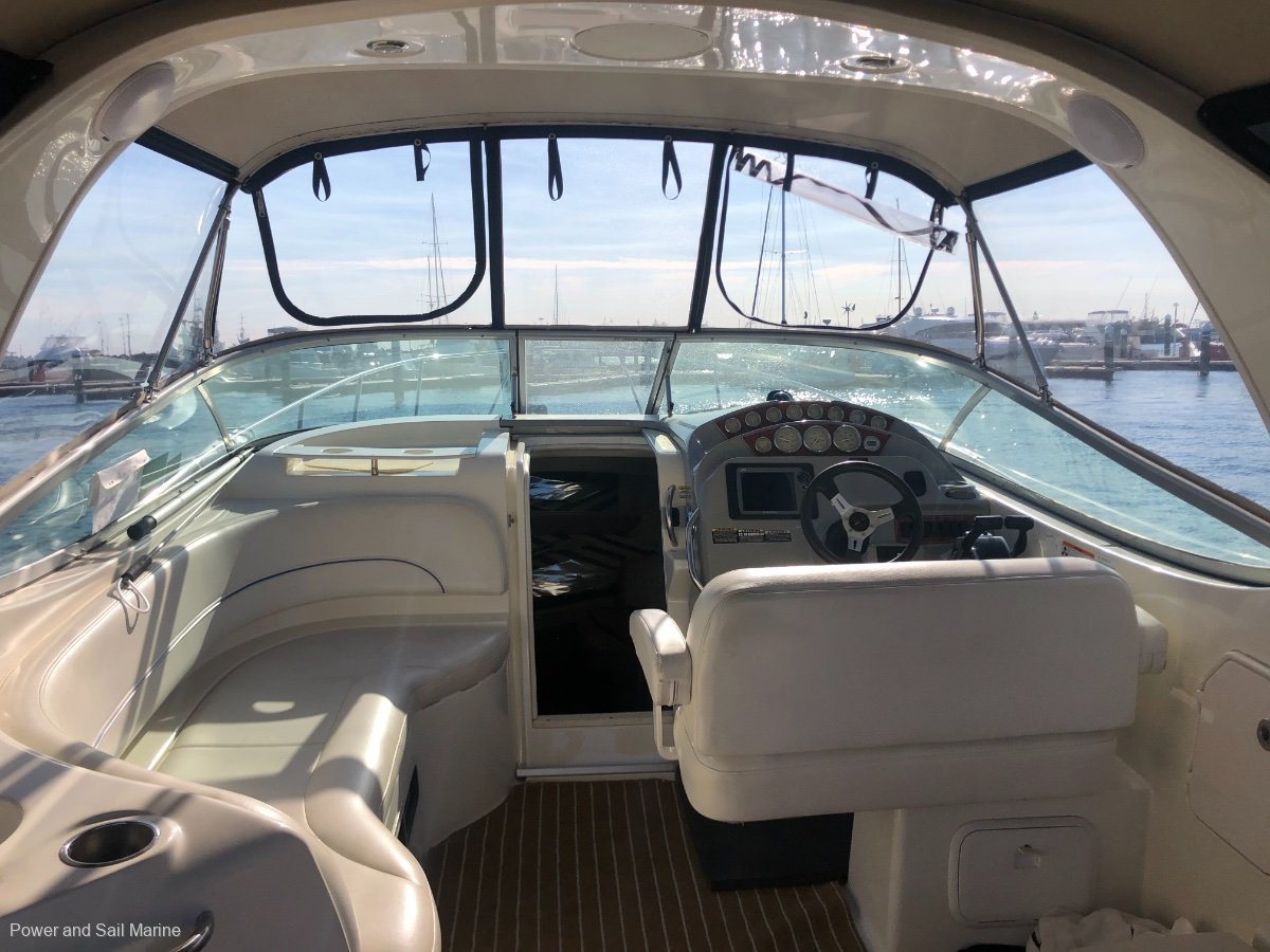 Bayliner 300 Cruiser New clears, tender and BBQ included!
