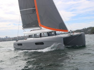 Excess 12 Hull 21