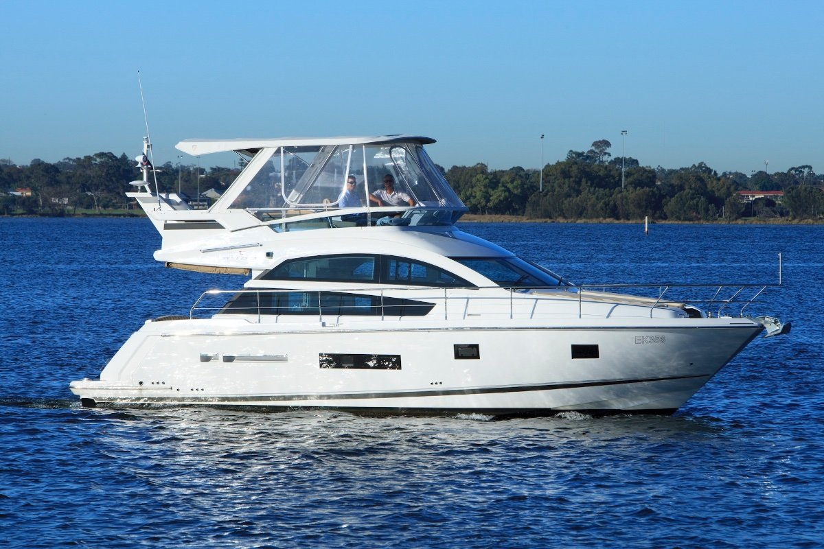 Fairline Squadron 42 - Share with Boat Equity