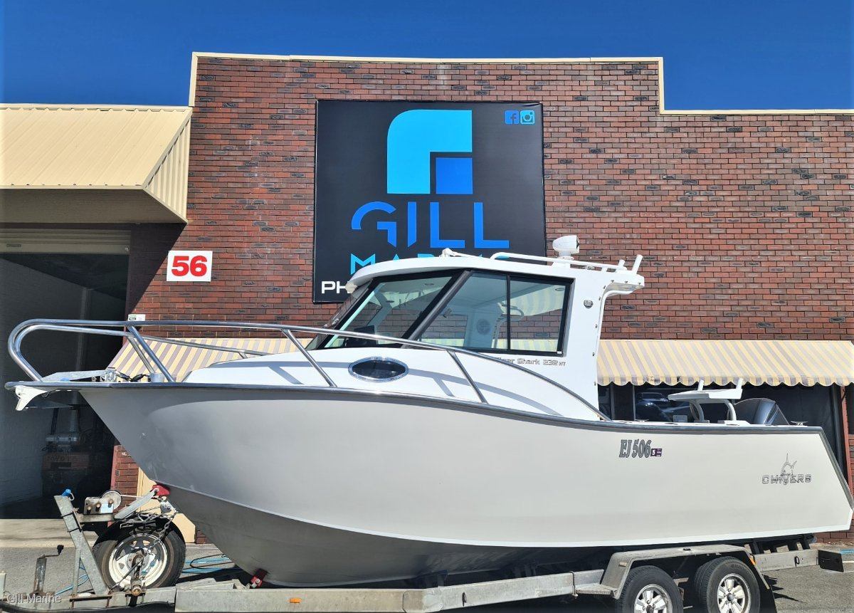 Chivers Tiger Shark 232 Walk Around HARD TOP WITH YAMAHA 250HP V6 MOTIVATED SELLER!