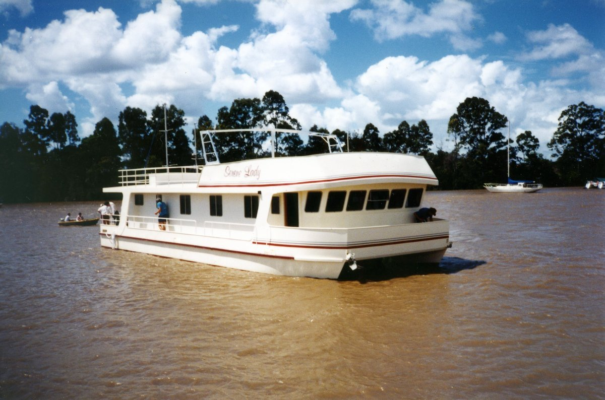 55' Home Cruiser / Houseboat