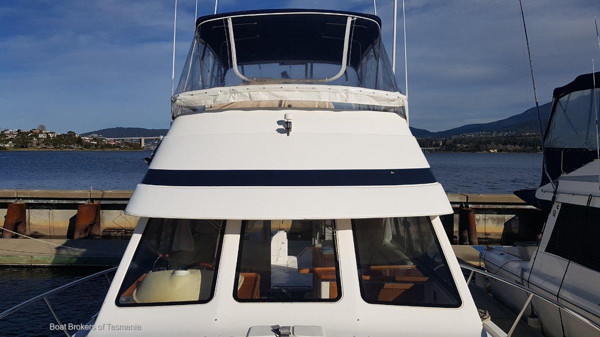 Hi Jacked Again Riviera 36 Single Cabin Twin Cummins 330hp. Low hours, heaps of extras. Boat Brokers of Tasmania