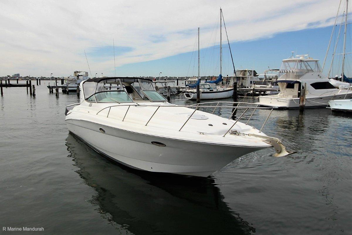 Riviera M370 Sports Cruiser *** FANTASTIC FAMILY BOAT *** $134990***