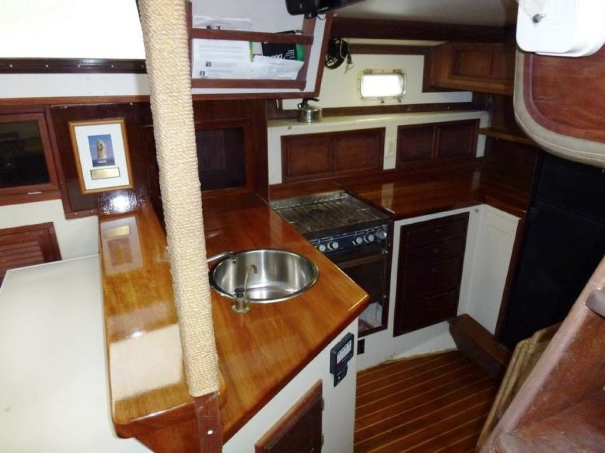 Irwin 52 Cutter Ketch Classic hand laid hull