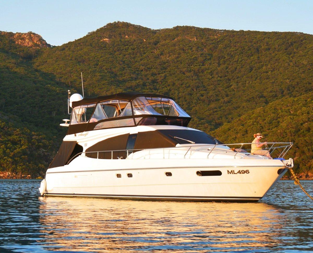 Ferretti 470 Flybridge Cruiser:Ferretti 47 For sale @ R Marine Jacksons