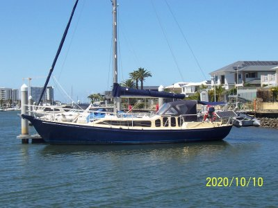 Roberts 38 Cruising Yacht Private Sale