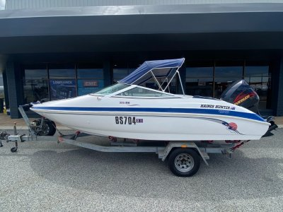Haines Hunter 535 Bowrider Carnival - Evinrude 135 - One Owner