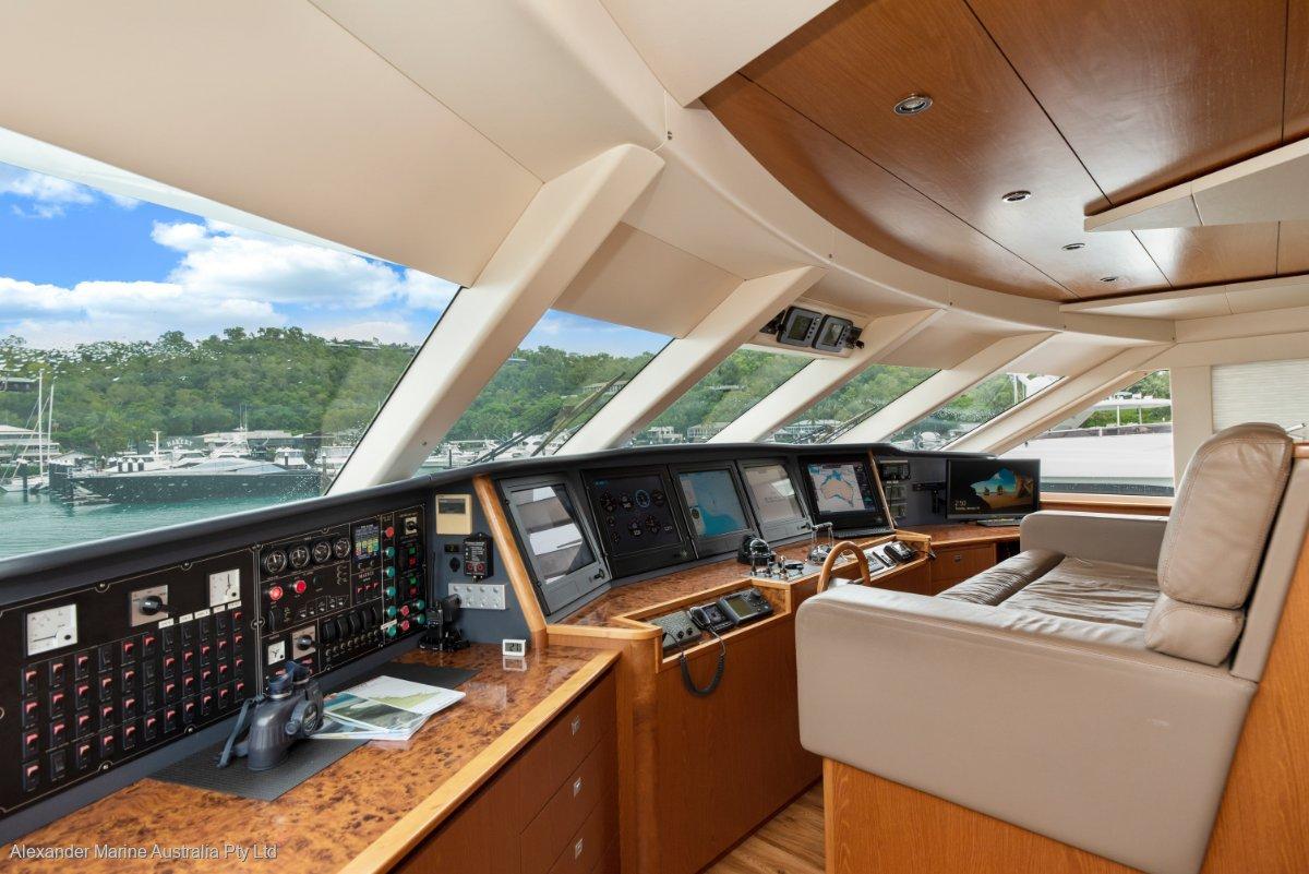 Expedition Custom Motor Yacht Custom