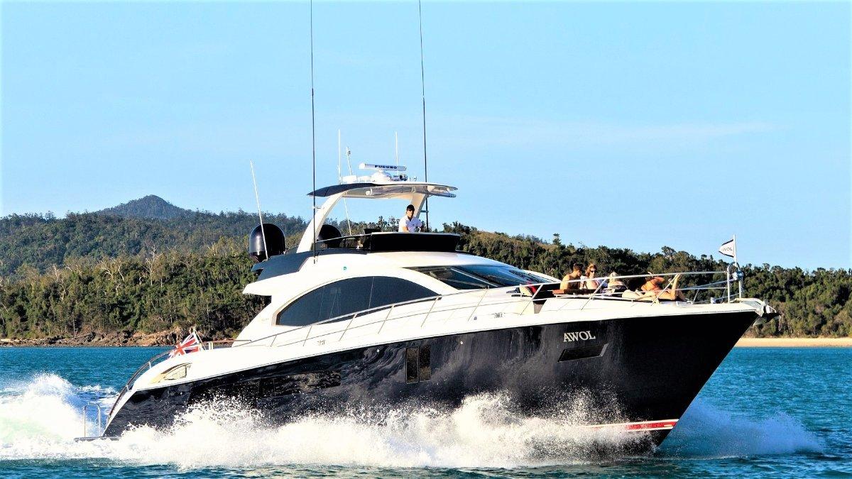 Lazzara Yachts Sport Yacht
