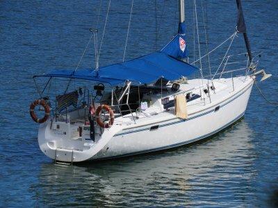 Catalina 320 Built to Survey