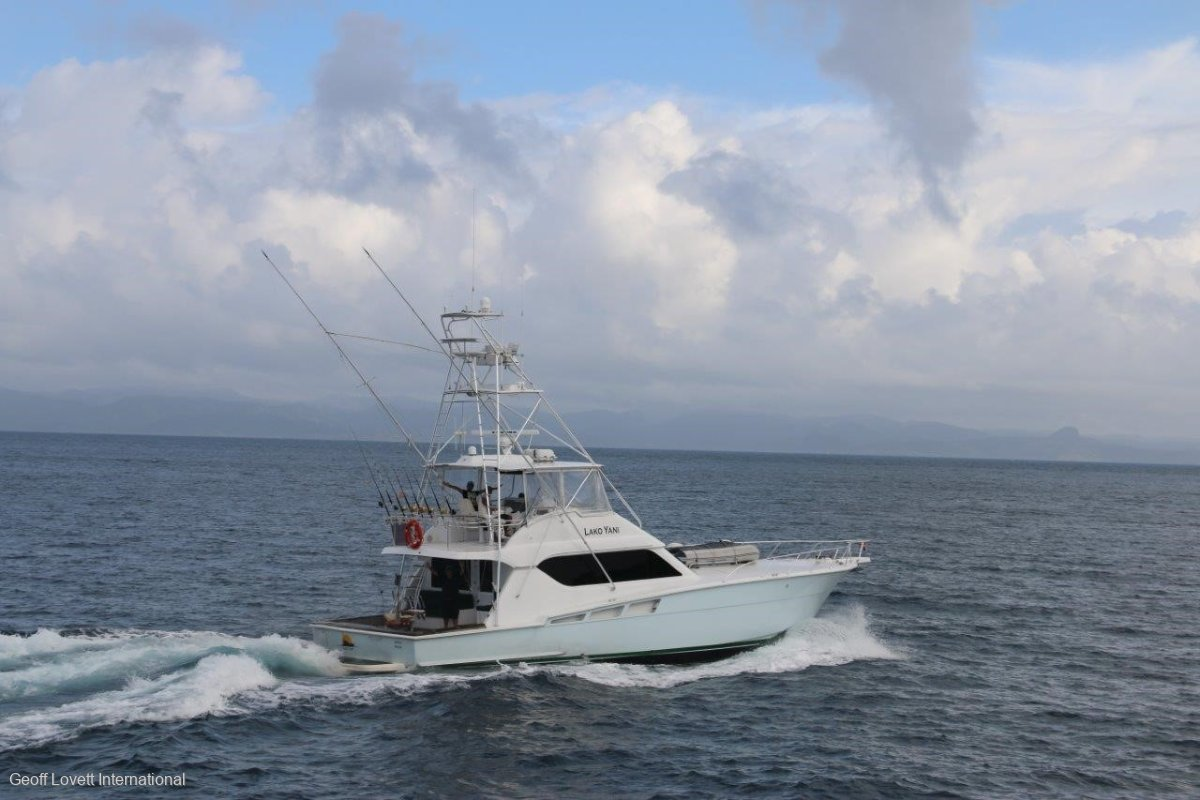 Hatteras 60 Convertible Tuna Tower
