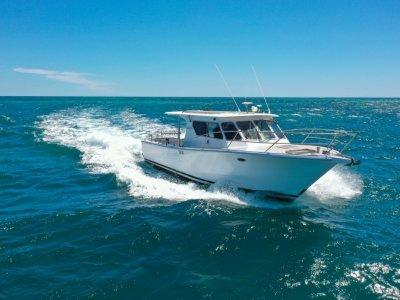 Peter Milner 33 Custom Bluewater Cruiser *with Seakeeper Gyro*