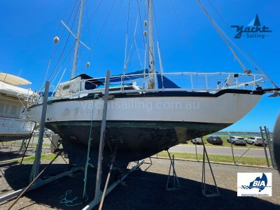 Roberts 39 Pilothouse Ketch