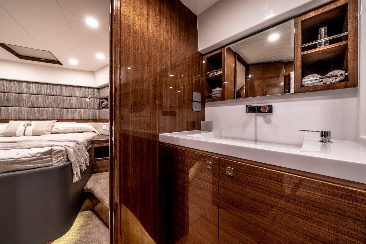 New Whitehaven 8000 Sport Yacht