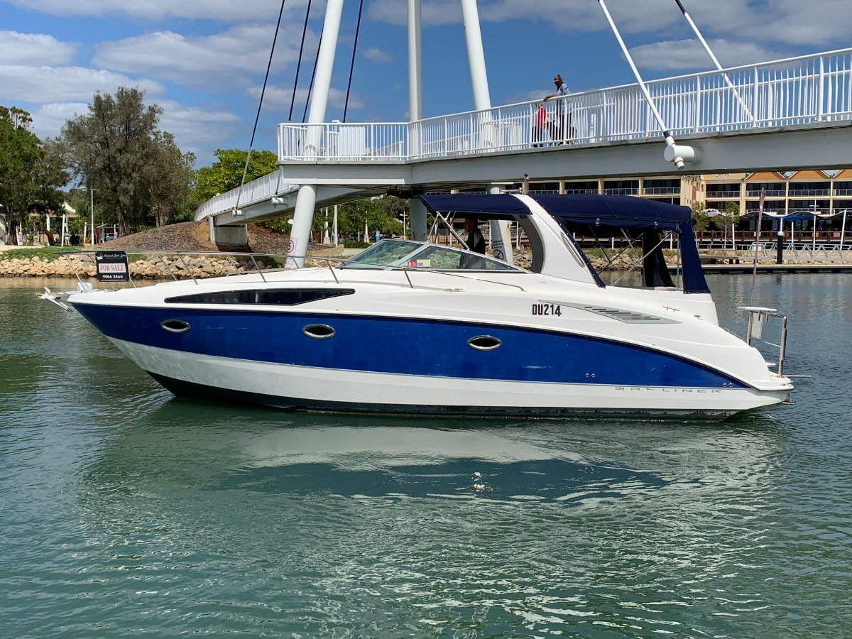 Bayliner 325 Cruiser