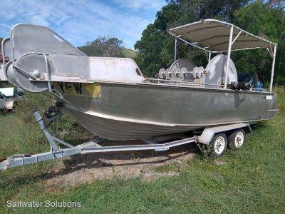 Plate alloy 5.3 mt fishing trailer boat