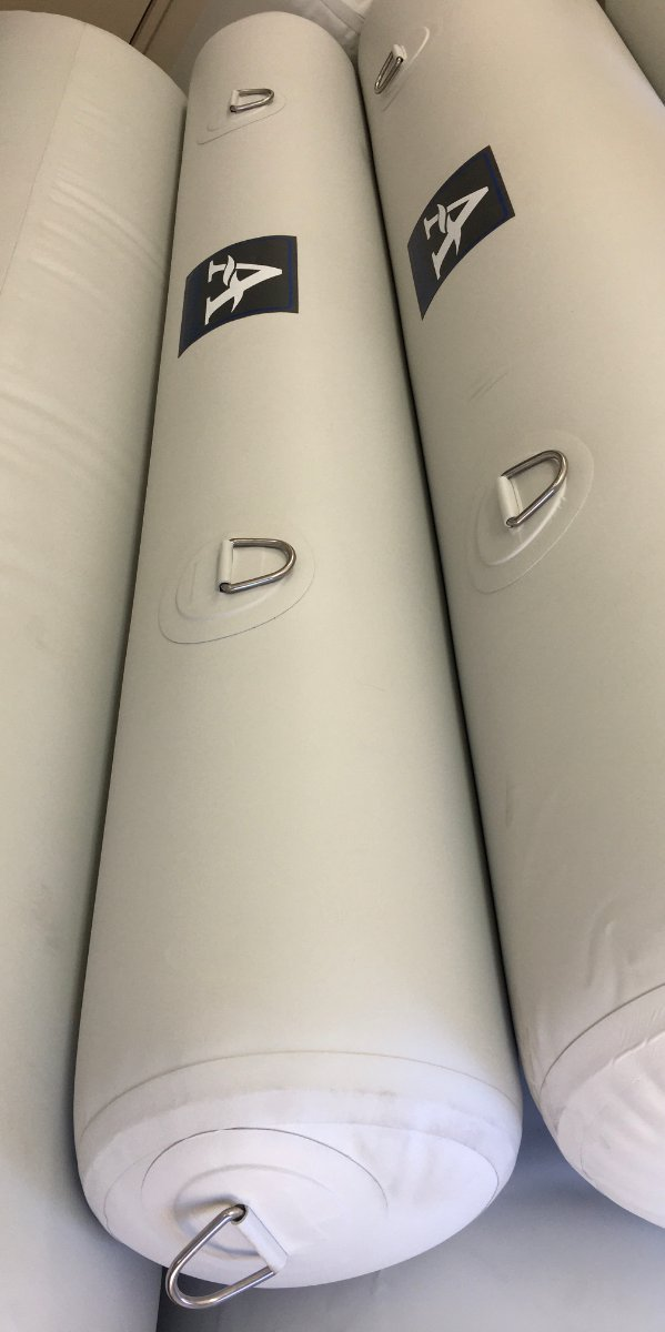 Aristocraft Inflatable Fender White 300MM X 2000MM