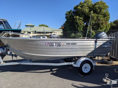 Quintrex 445 Dory ONE OWNER SINCE NEW.