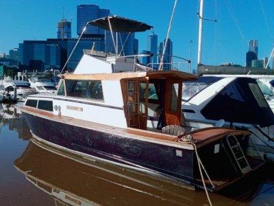 Hartley 33 Flybridge Cruiser MELBOURNE LIFESTYLE OPPORTUNITY