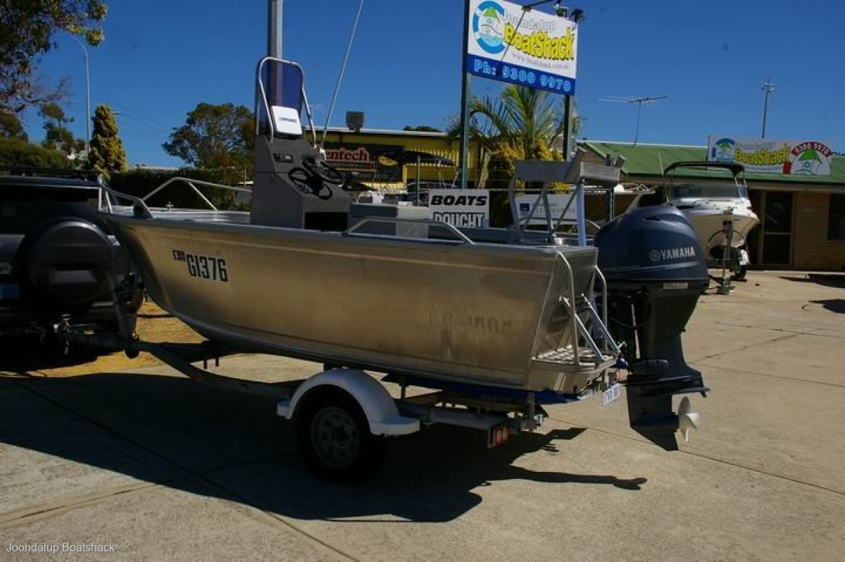 Stessco Fish Hunter 459 2018 sold Yamaha 60 four stroke