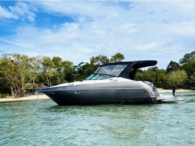 Cruisers Yachts 3570 Extended Swim Platform