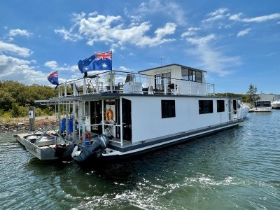 Mc Marine 60ft Houseboat