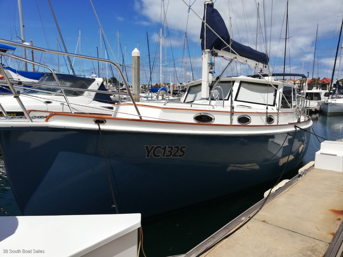 Cloudy Bay 33 Motor Sailor