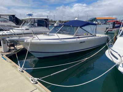 Caribbean 26 Open Runabout Great condition!