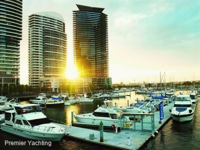 18m berth in Docklands