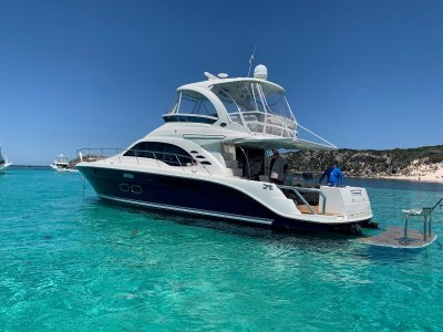 Sea Ray 500 with hydraulic platform & extended cockpit!