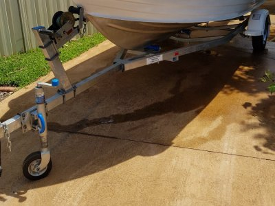 Quintrex 570 Bow Rider