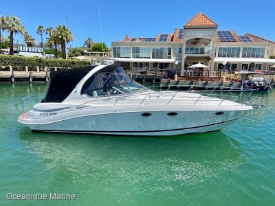 Four Winns Vista 358 **ONE OWNER SINCE NEW WITH ONLY 179 HOURS**